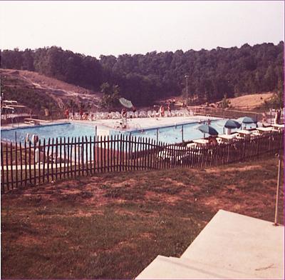 july-6-64-pool-overlook-lakethm.jpg